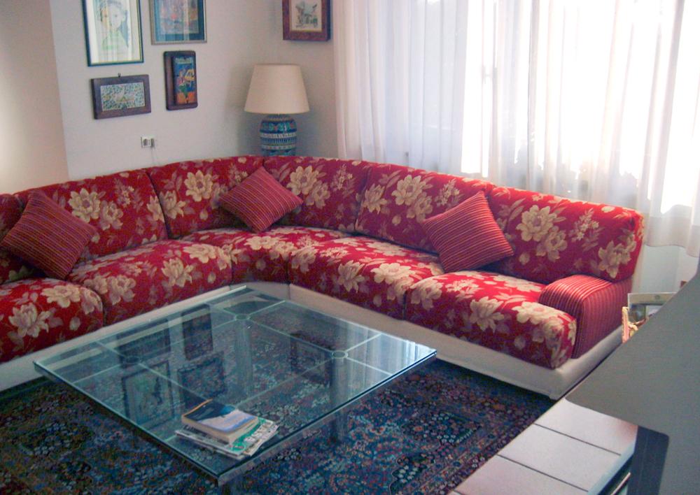 Realizzazione divano a isola